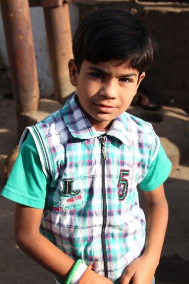 Niño Agra, calles de Taj Ganj