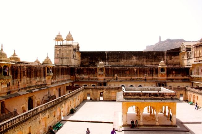 Patio Le zenana, en El palacio de Man Singh I.