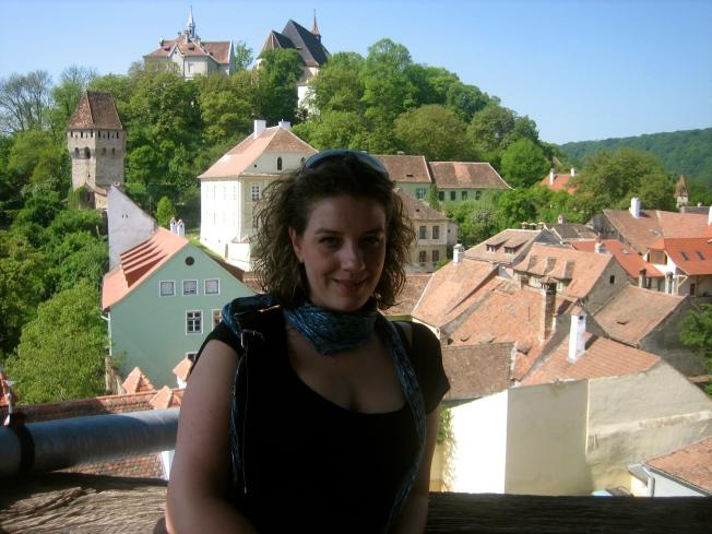 Rosa en Mirador de la Torre del Reloj en Sighisoara